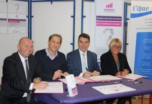 Siganture de la convention de partenariat Ville de Marseille- CCAS- IFAC-Emmaüs Connect